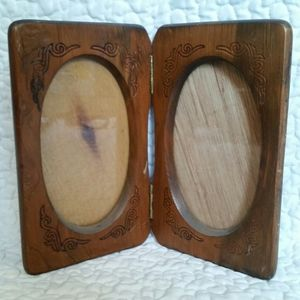 Vintage Wood Double Oval Folding Picture Frame